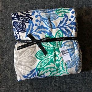 Vera Bradley - XL Throw Blanket - Santiago